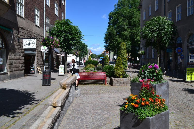 Edsgatan, die Haupteinkaufsstraße