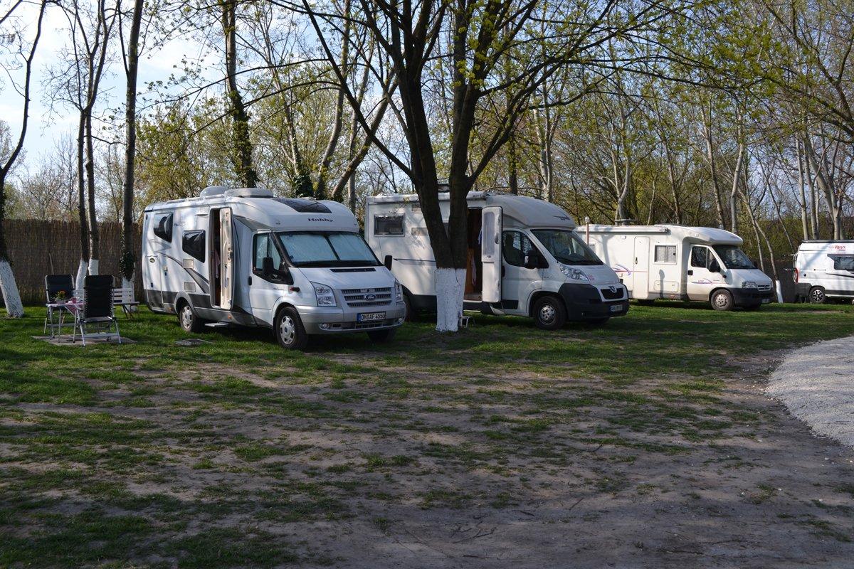Arena Camping Budapest-LR