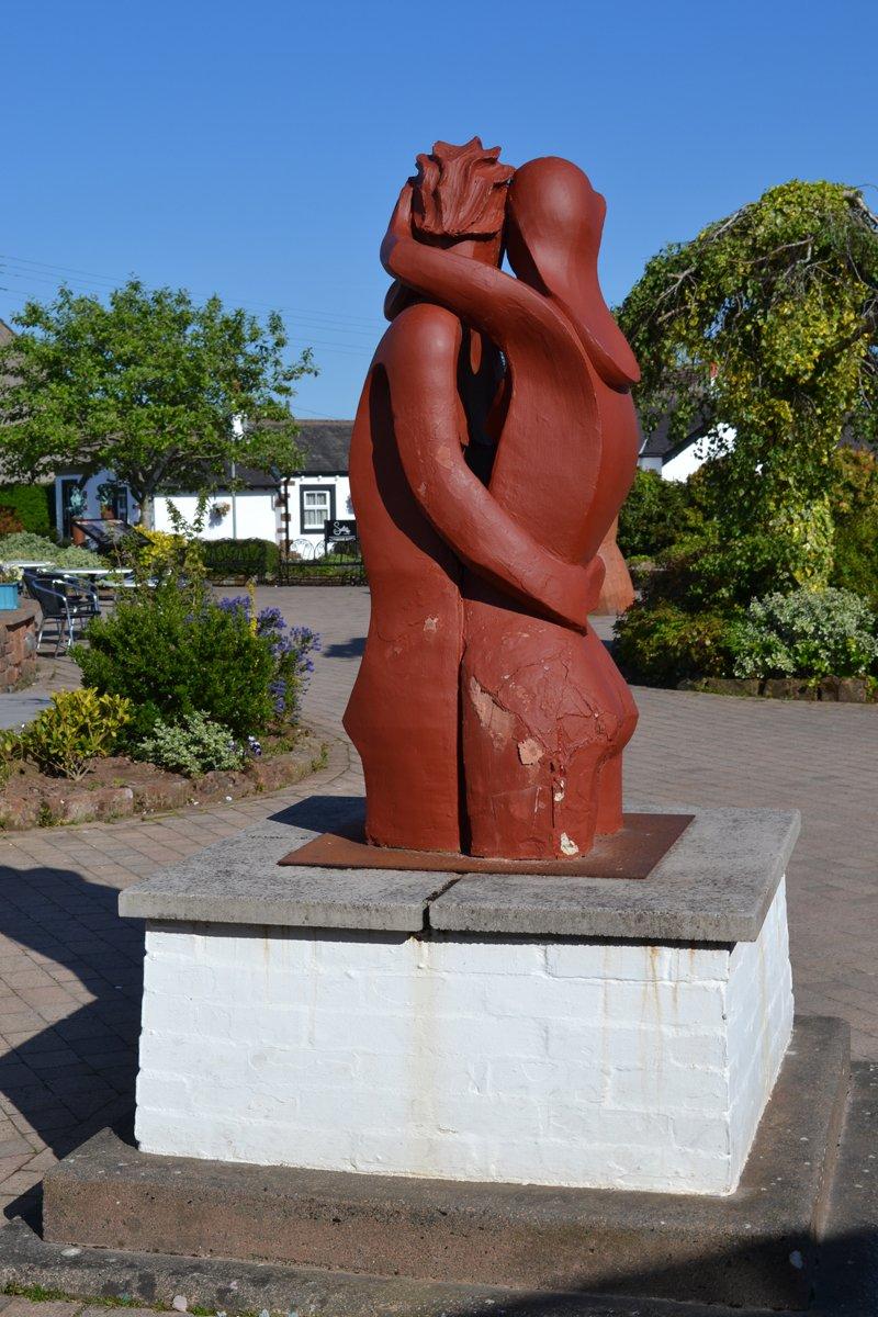 Statue passend zum Hochzeitsthema
