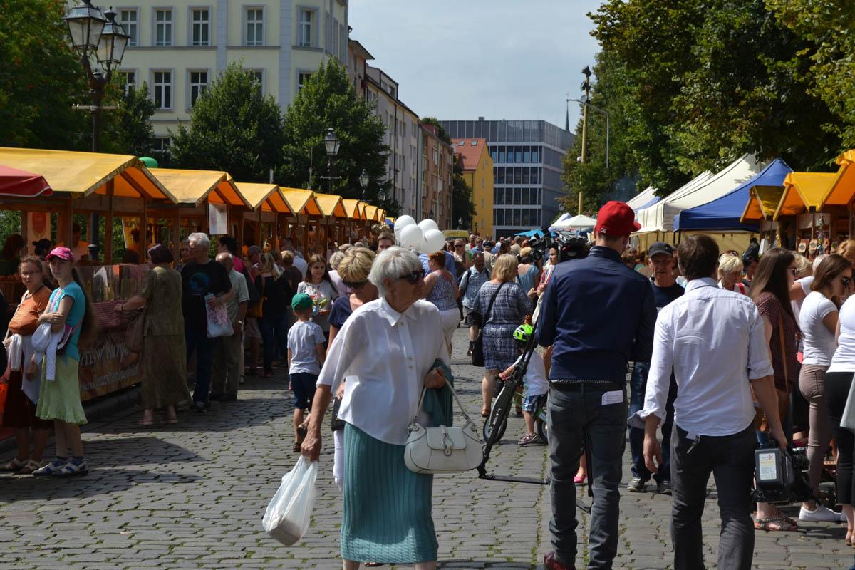 Belebtes Volksfest