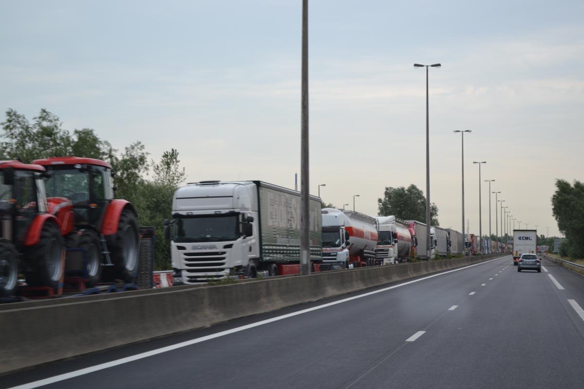 Tausende LKWs im Stau wegen des Streiks in Calais