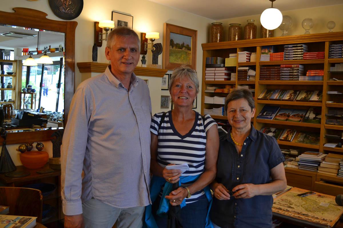 Anne mit Ehepaar Czarnecki im Wasserturm - Café