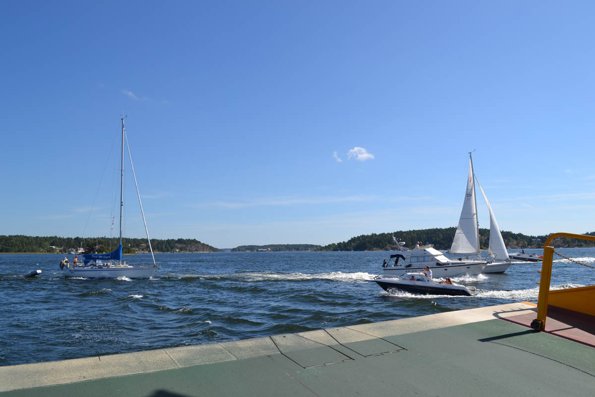 Bootsverkehr im Schärengarten