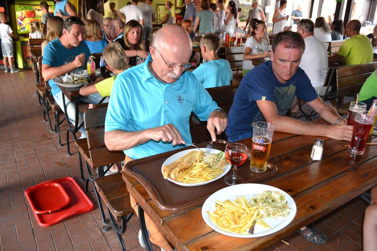 Dorsch mit Pommes und Krautsalat für Frederick