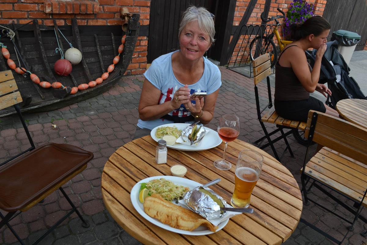 Krautsalat und Folienkartoffel fuer Anne, Dorsch für Frederick