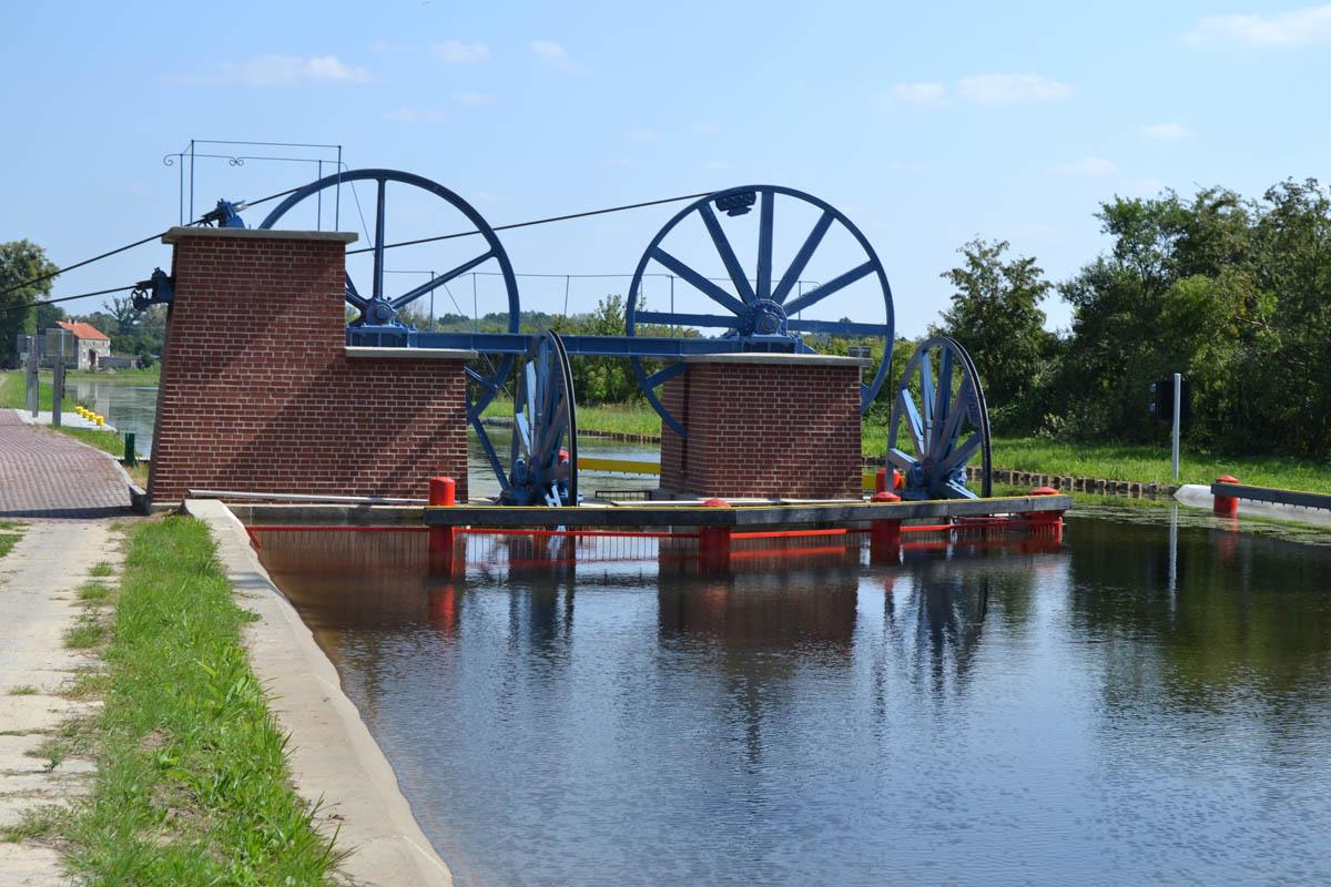 Von Wasserkraft angetriebene Standseilbahn