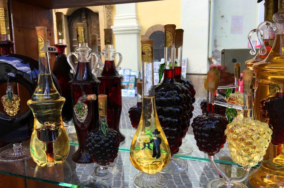 Riesige Auswahl kreativer Weinflaschen-Designs