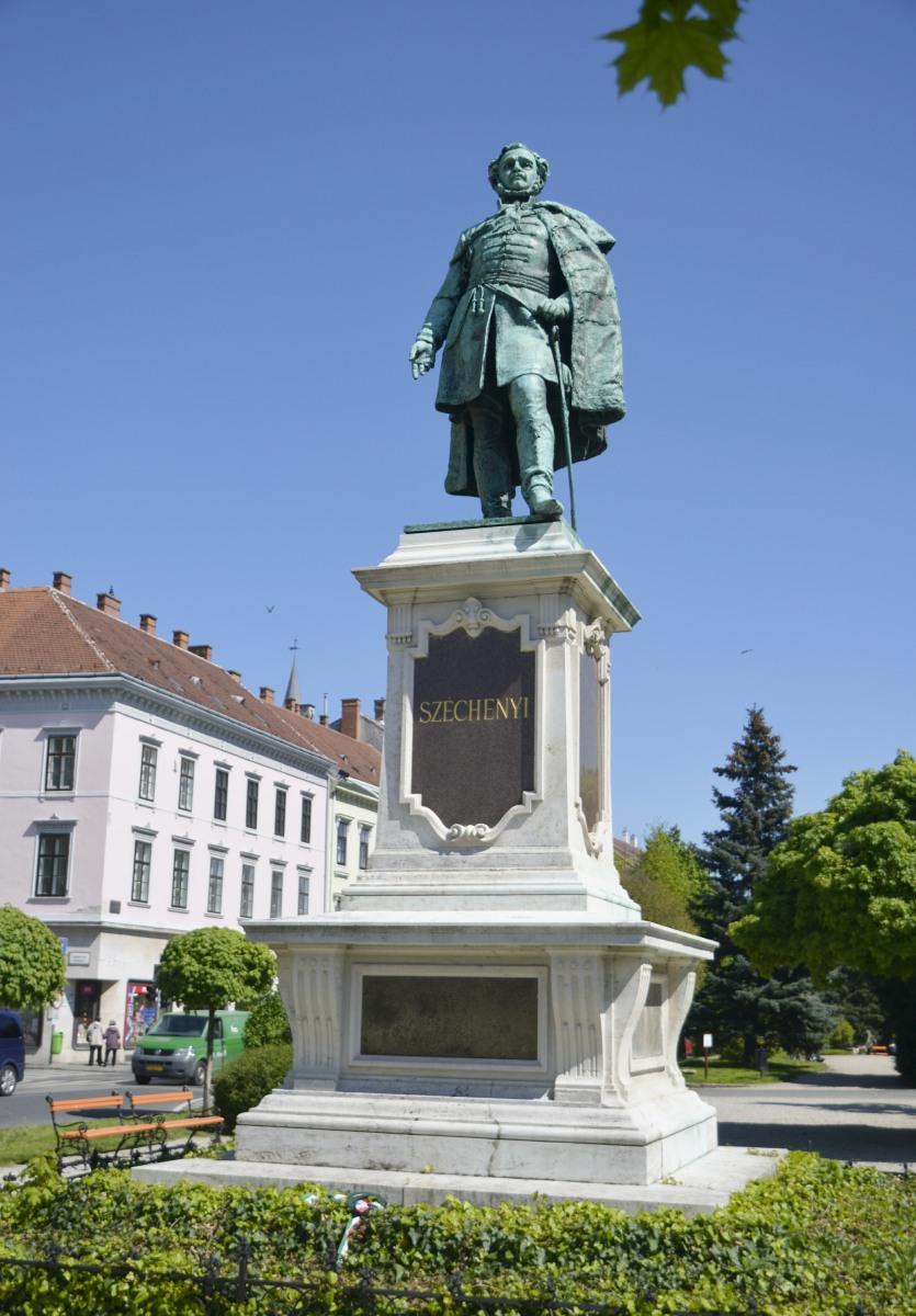 Statue des Volkshelden Istvan Szechenyi