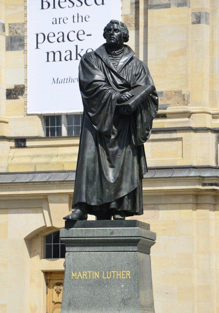 Martin-Luther-Statue vor der Frauenkirche