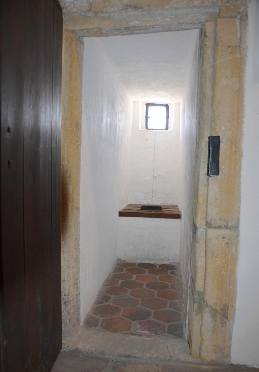 Mittelalterliches Klo im Feuerturm