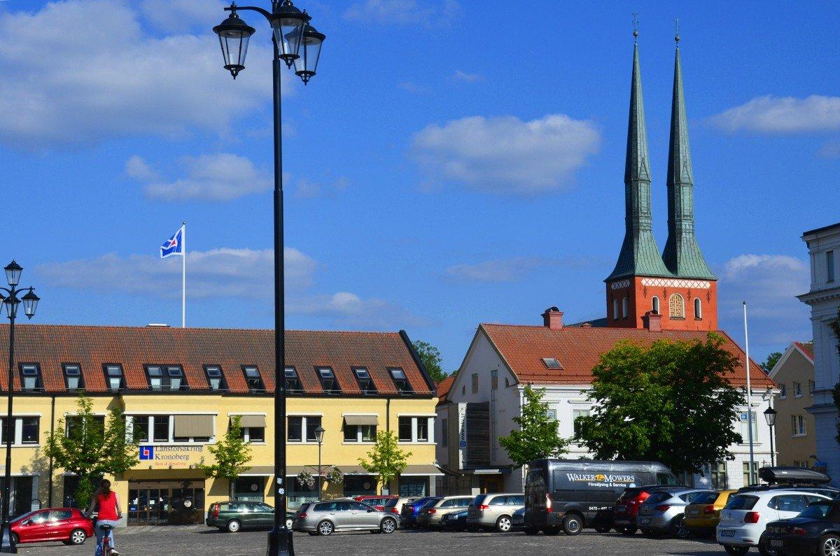 Grosser Platz und Türme der Domkirche