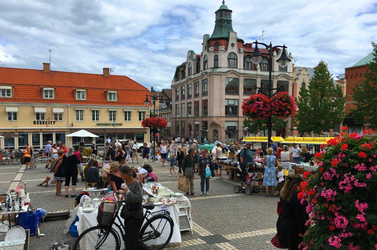 Flohmarkt auf dem Großen Platz2