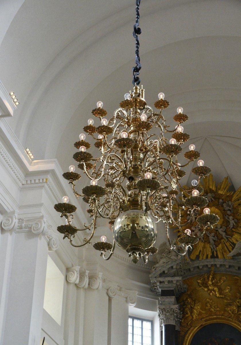 Kronleuchter in der Domkirche