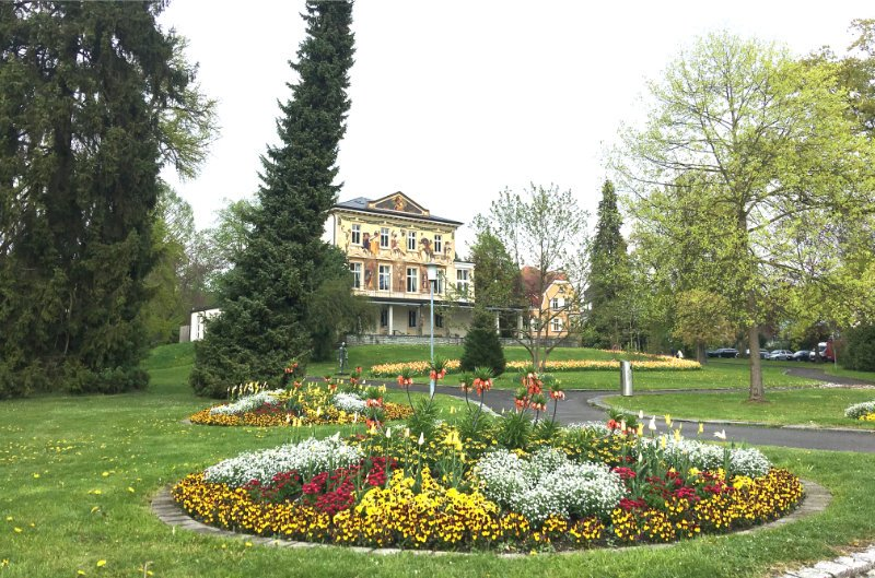 Blumendekorierter Privatgarten