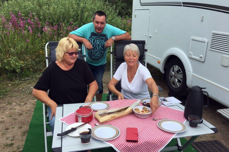 Mit Anne und Anders bei Kaffee und Kuchen