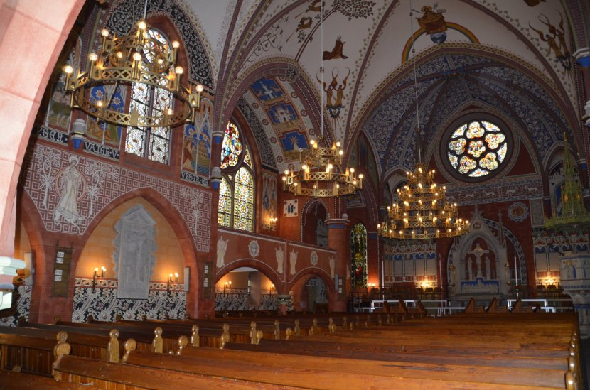 Das schöne Innere der St.-Jakobi-Kirche