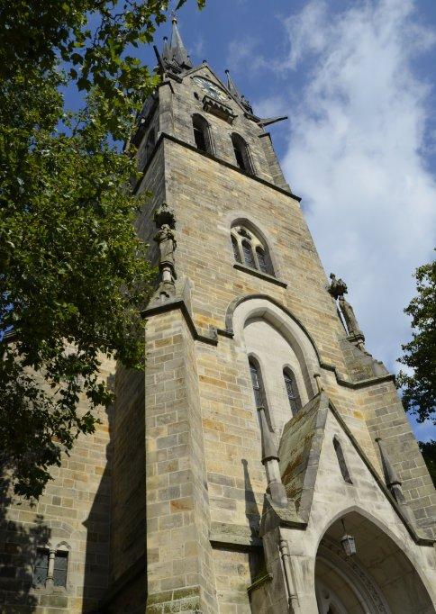 Der imposante Kirchturm