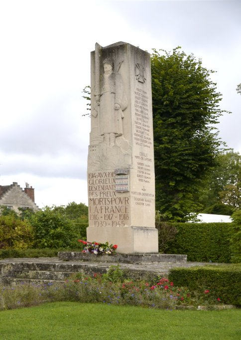 Kriegsdenkmal in Coucy-le-Chateau