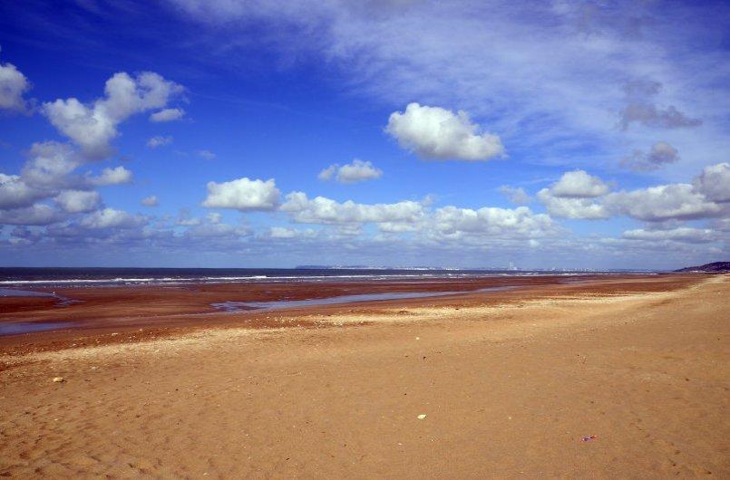 Endlos weiter Strand in Villers-sur-Mer.j