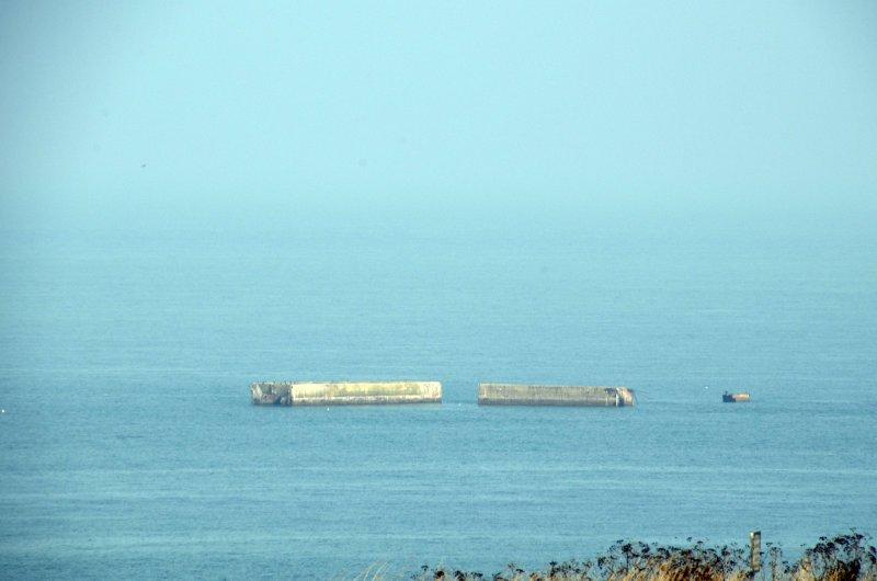 """Reste des schwimmenden Hafens """"Mulberry Park"""""""