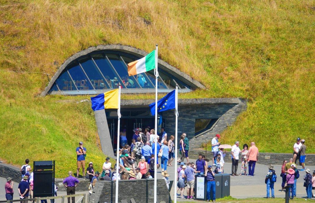 Der Eingang zum Besucherzentrum