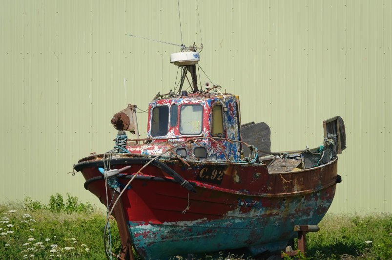 Renovierbedürftiges Boot