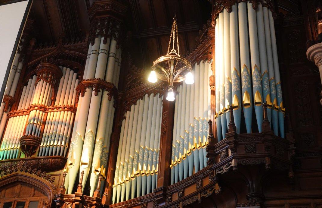 Die wunderschöne Orgel in der Guildhall (Rathaus)