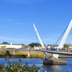 Peace Bridge und Foyle River