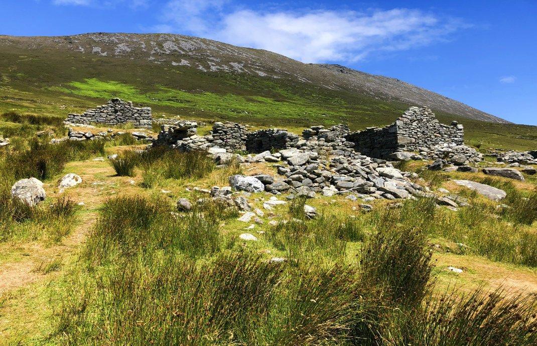 """Einige der Ruinen im """"Verlassenen Dorf"""""""