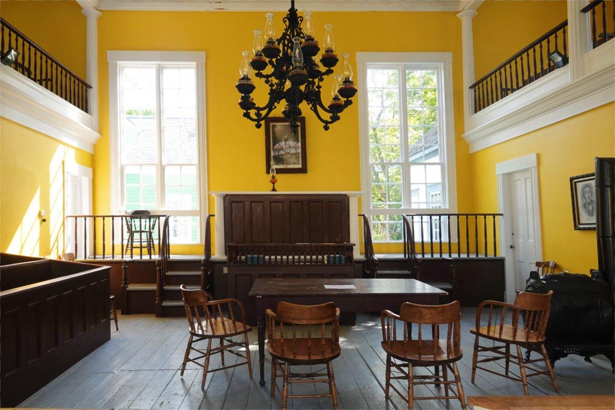 Gerichtssaal aus dem 19. Jahrhundert