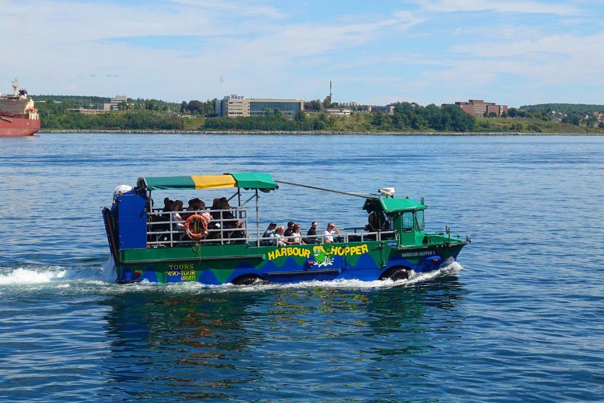 """Der """"Harbour Hopper"""", ein amphibisches Ausflugsboot"""
