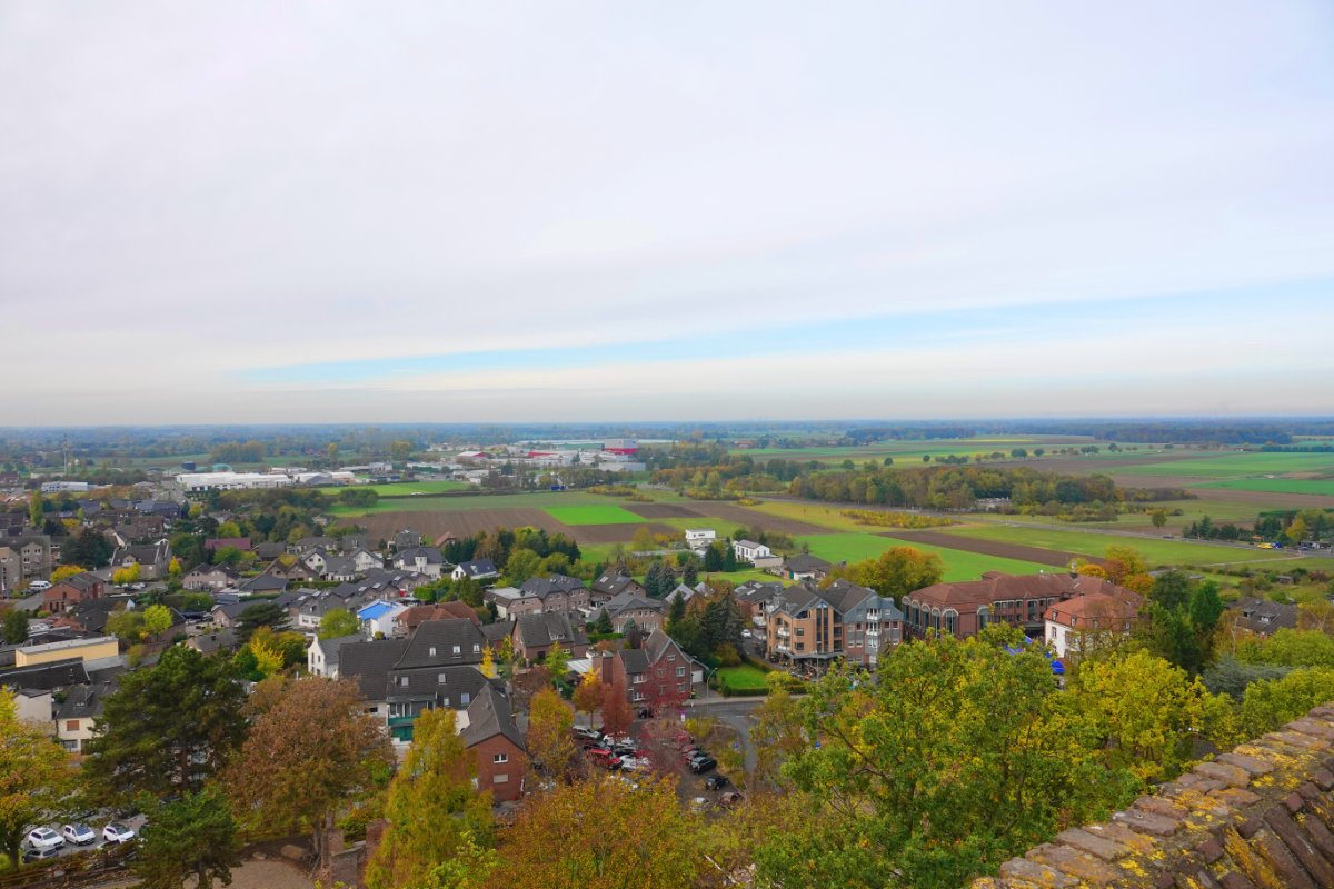 Blick übers Land vom Bergfried
