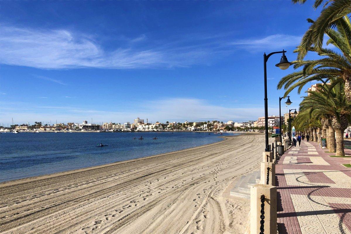 Strand und Promenade in San >Pedro