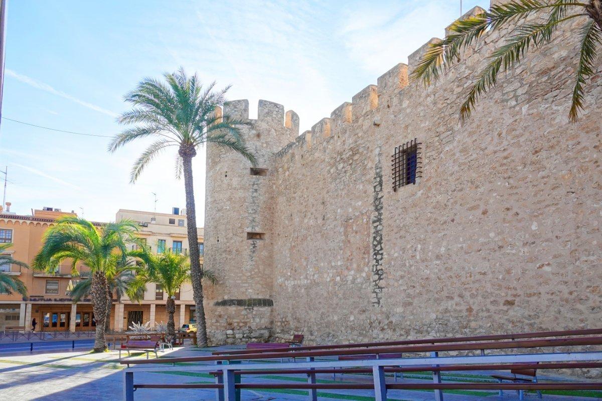 Militärische Festung Palacio de Altamira