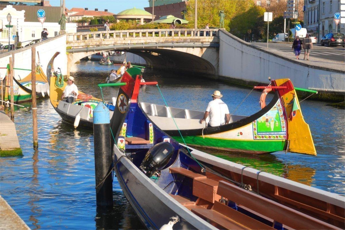 Anlegemanöver eines Kanalbootes