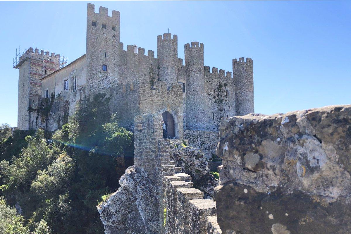 Das innerhalb der Stadtmauern liegende Castelo