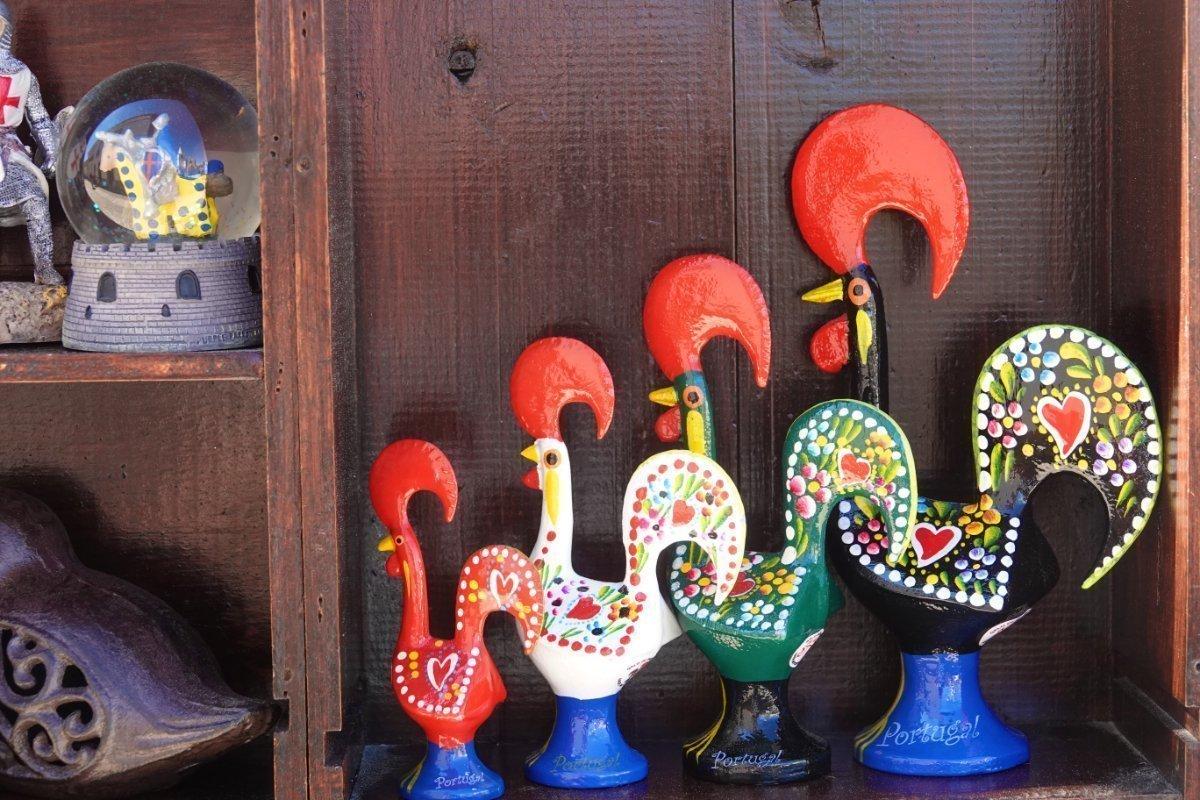 Portugiesische Hähne als Souvenirs