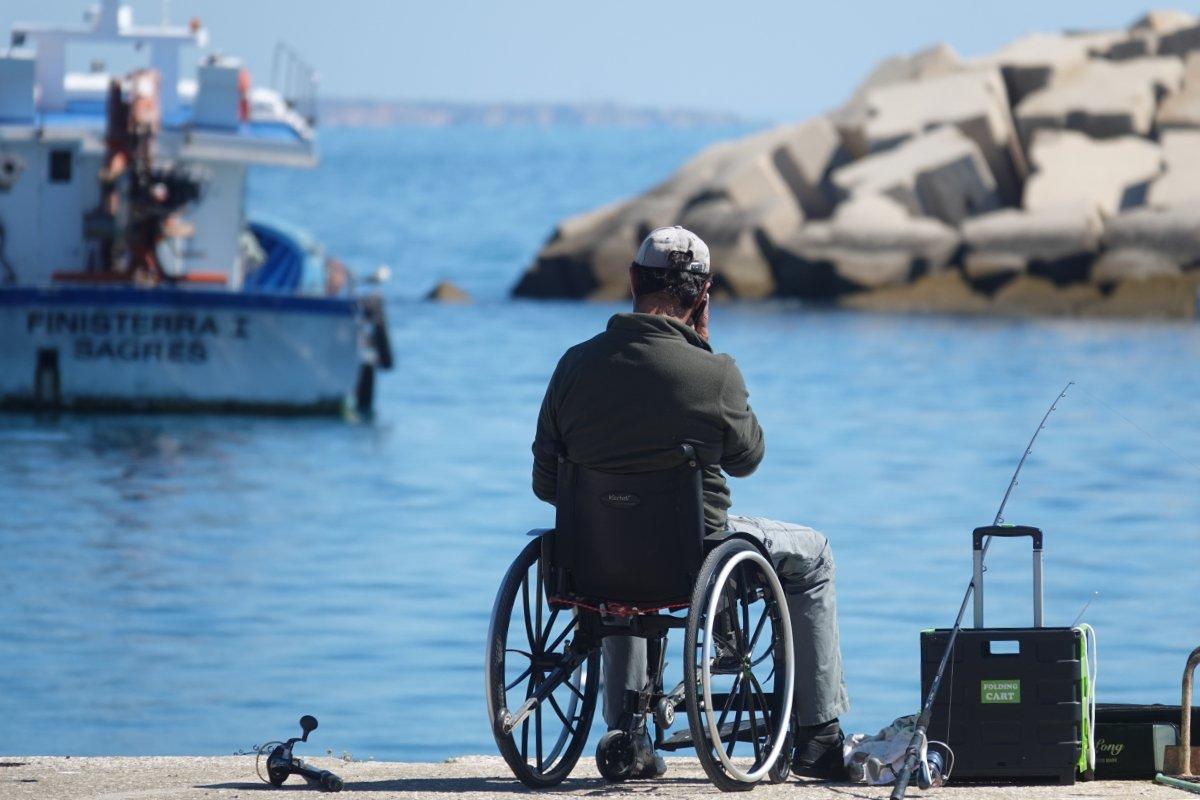 Rollstuhl Angler