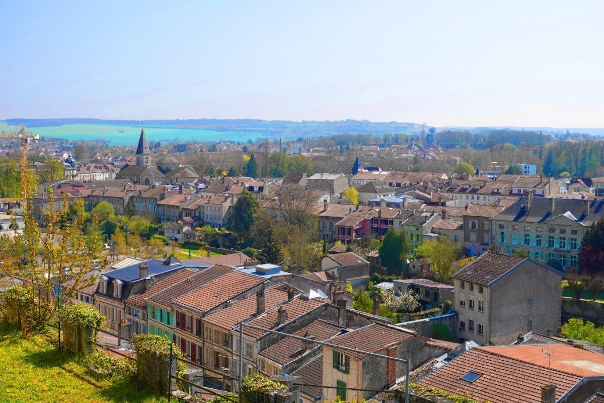 Blick über die Dächer von Verdun
