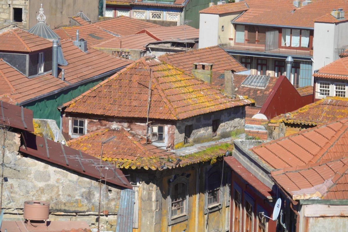 Ein Haus auf das Dach eines existierenden Hauses gebaut