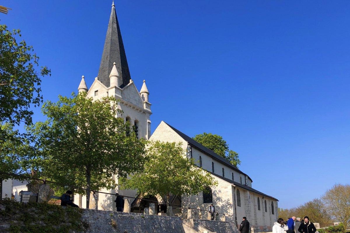 Kirche in La Chappelle St. Mesmin