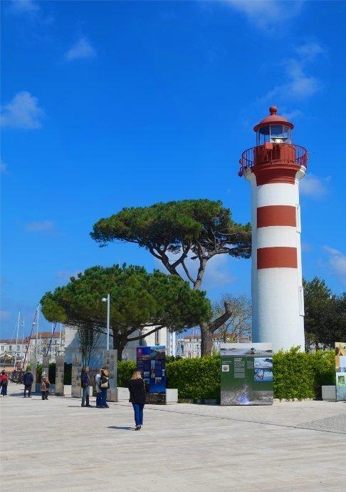 Noch ein Leuchtturm am Hafen