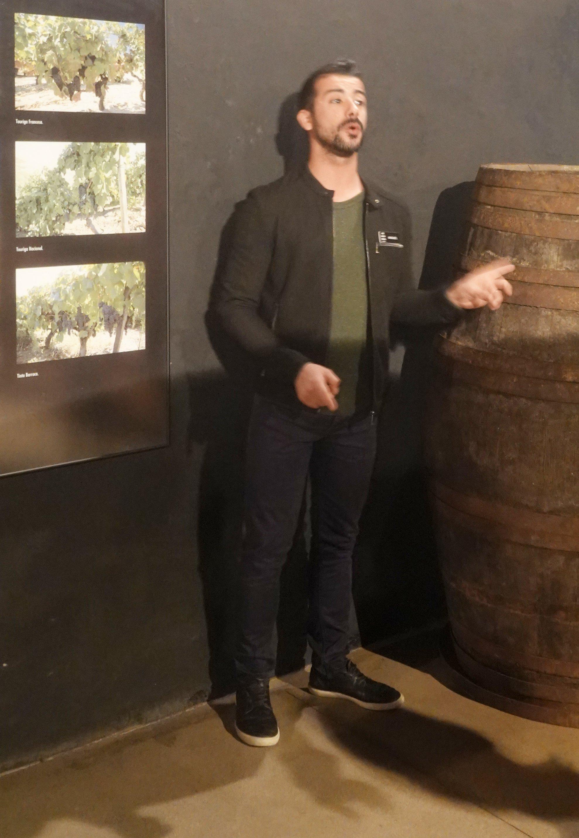 Miguel erzählt vom Portwein