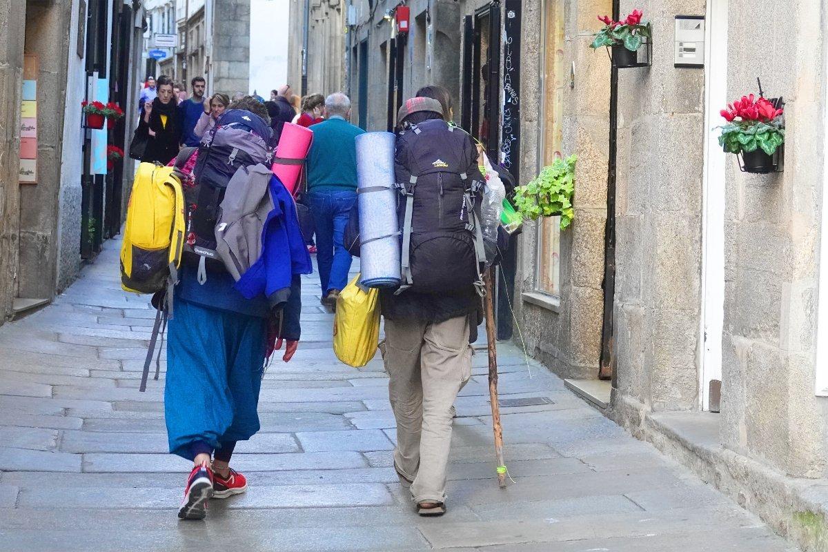 Pilger in Santiagos Gassen