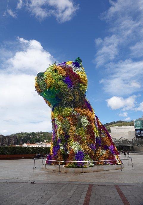 """""""Puppy"""" von Jeff Koons"""