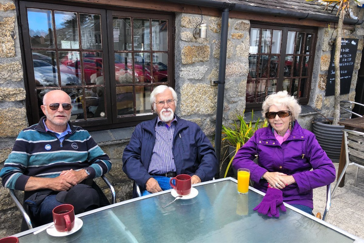Kaffeepause mit Margaret und Gunter