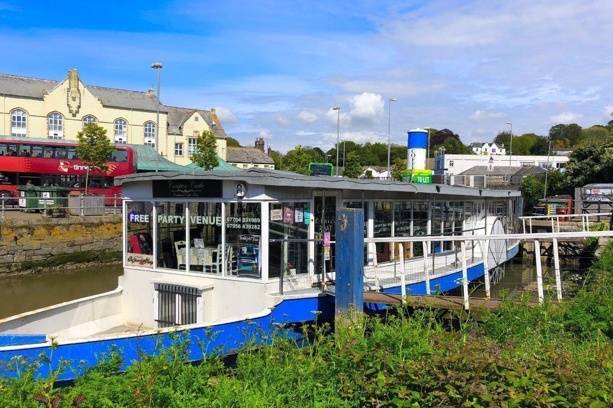 Restaurant Schaufelradboot