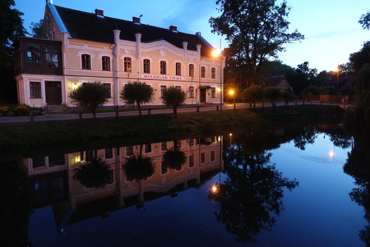 Abendliche Wasserspiegelung