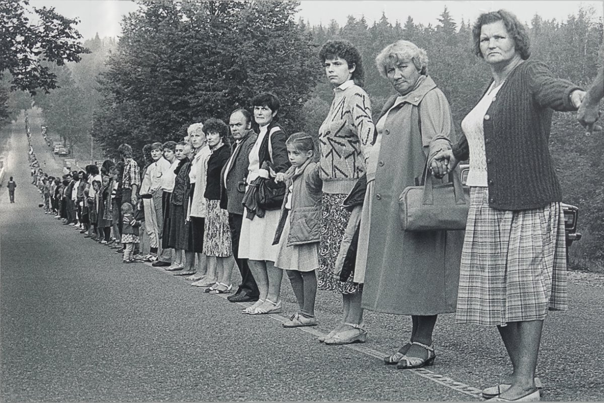"""Die """"Baltic Way"""" Menschenkette von 1989"""