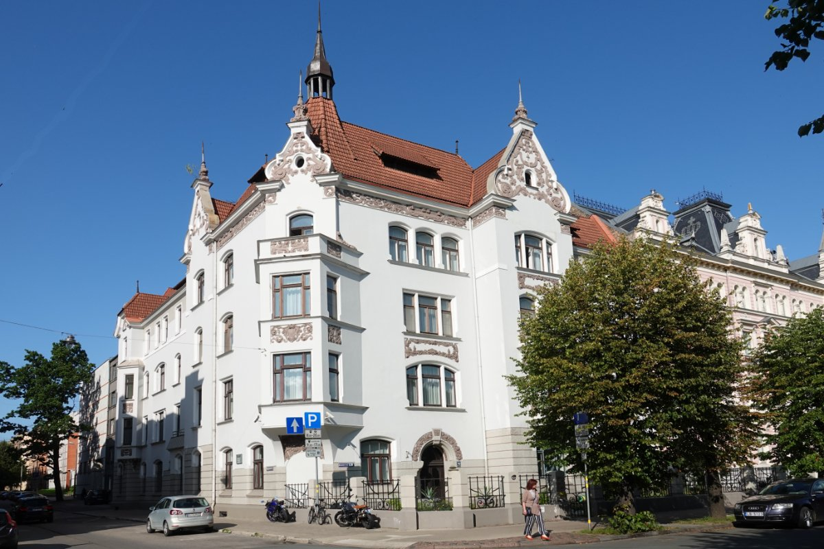 Jugendstil-Architektur in der Elisabethstr.
